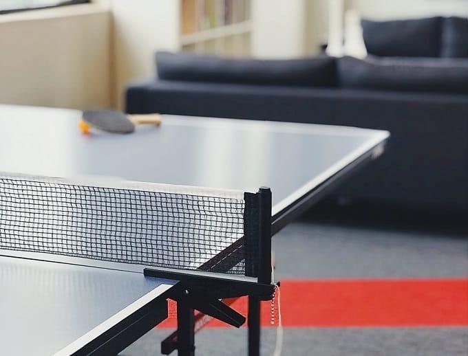 Tischtennisplatte Test Hero