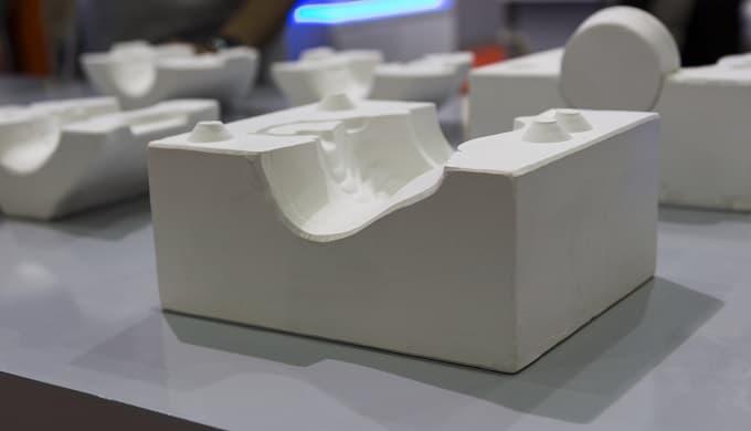 1  Berg Modellbau 8,5 cm Gießform Beton Seifenform