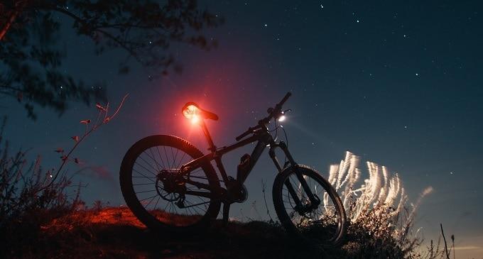 fahrradbeleuchtung test das beste fahrradlicht im. Black Bedroom Furniture Sets. Home Design Ideas