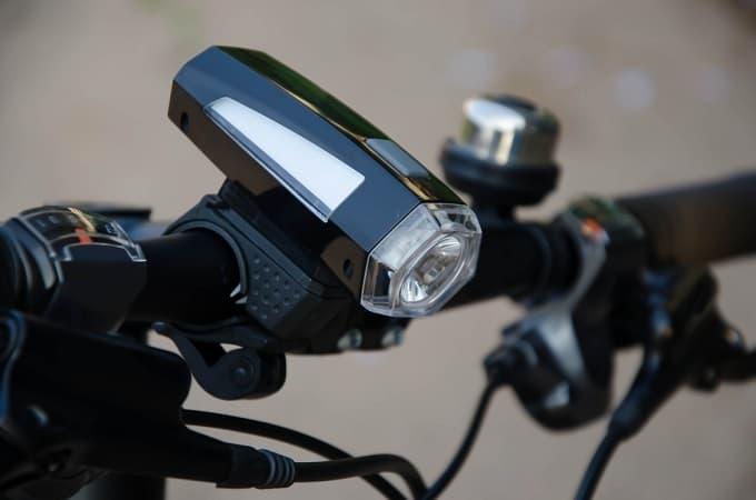 Fahrradbeleuchtung Test Hero